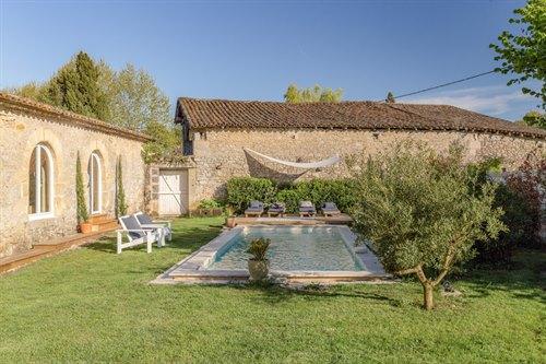 Demeure de luxe classée cinq étoiles, avec Spa et piscine privés, Saint-émilion