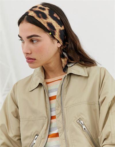 Monki head scarf in leopard print